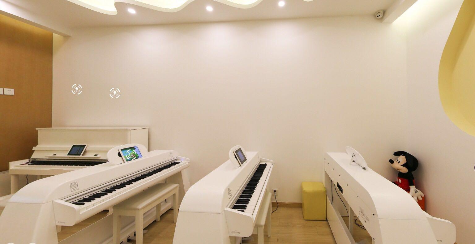 钢琴一对一好?还是一对多好?
