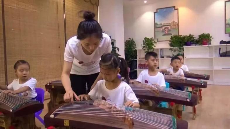 睿卡音乐机构加盟:如何提高机构续班率?