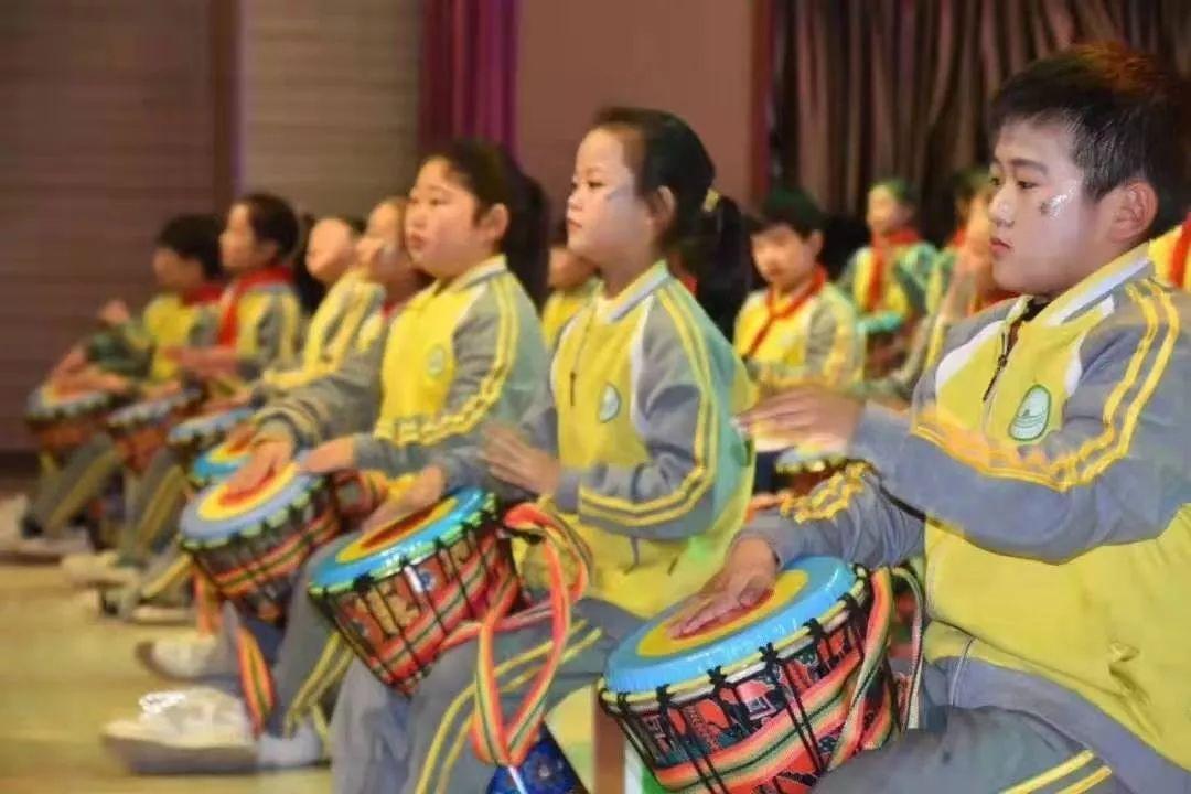 非洲鼓活动教案——《谁的本事好》